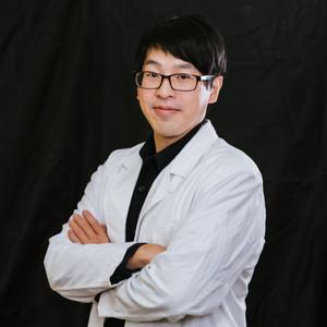 黃朝翊臨床心理師